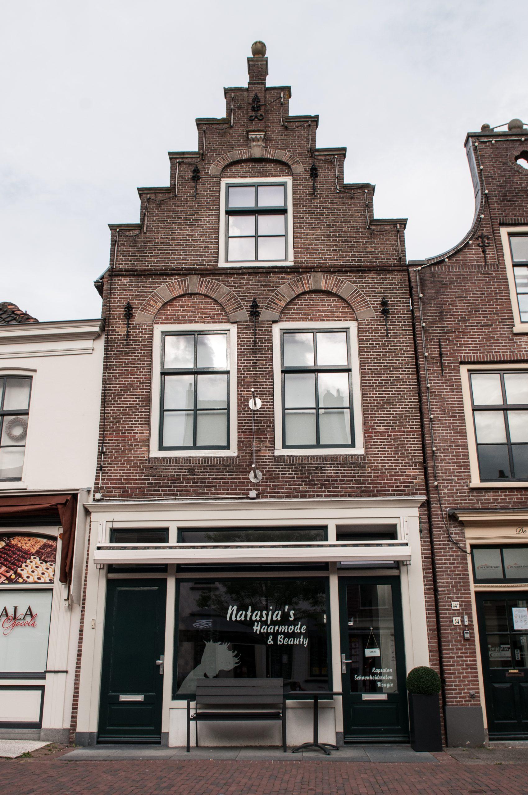 Voorkant Winkel Natasja's Haarmode & Visagie
